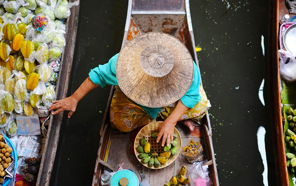 DIY Guide to Damnoen Saduak Floating Market
