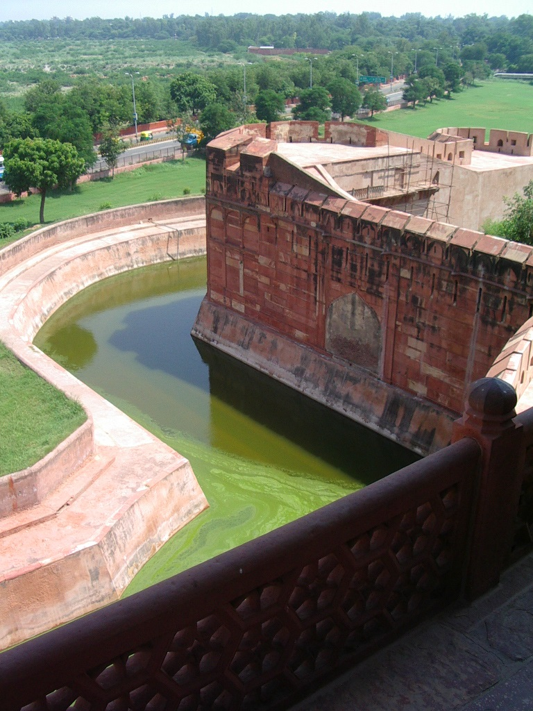Agra Fort with canal surrounding it