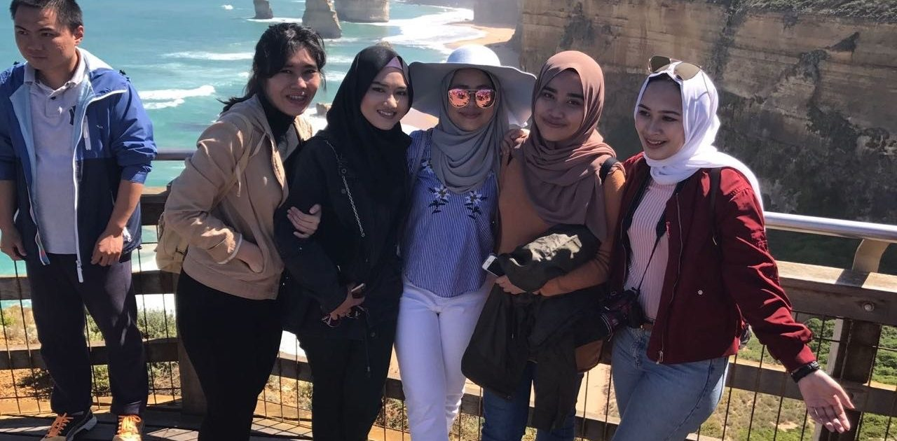A Guide on Road trip in Melbourne with Your Squad