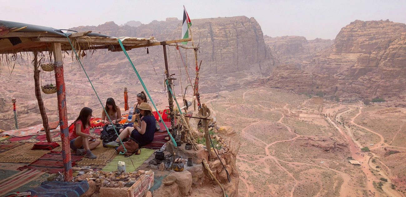Perks and Challenges of Being a Digital Nomad in Jordan