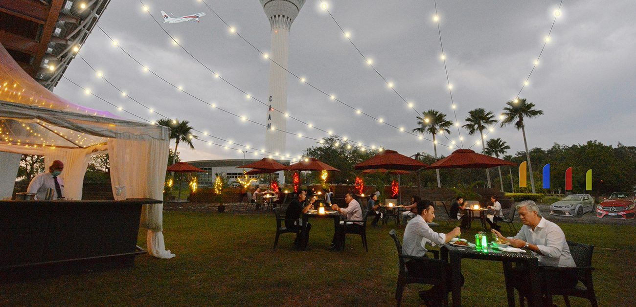 Park & Dine at the Piazza by Sama-Sama Hotel KLIA