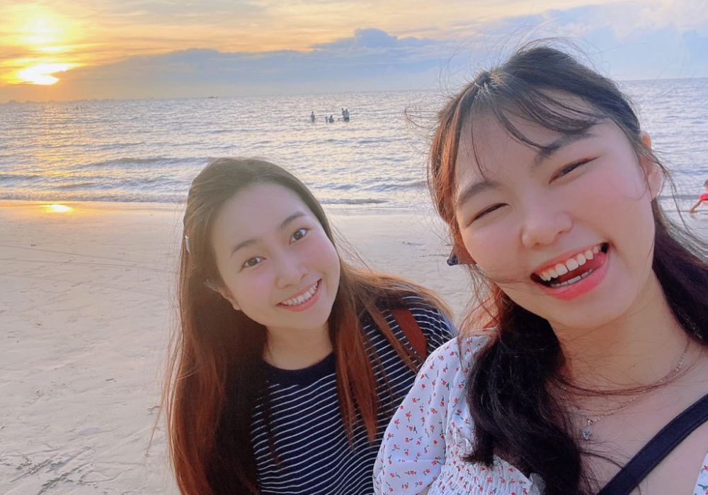 Happy Moment with best friend at Morib beach, Banting