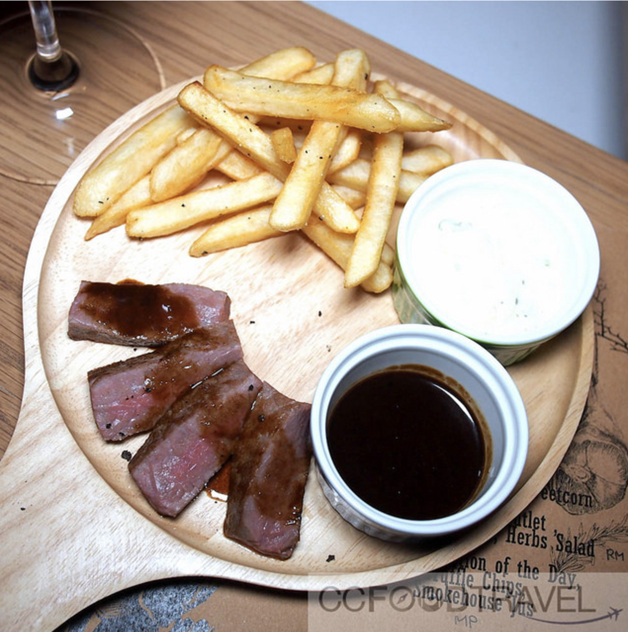 Steak selection of the day (Wagyu), Truffle Chips, Smokehouse jus
