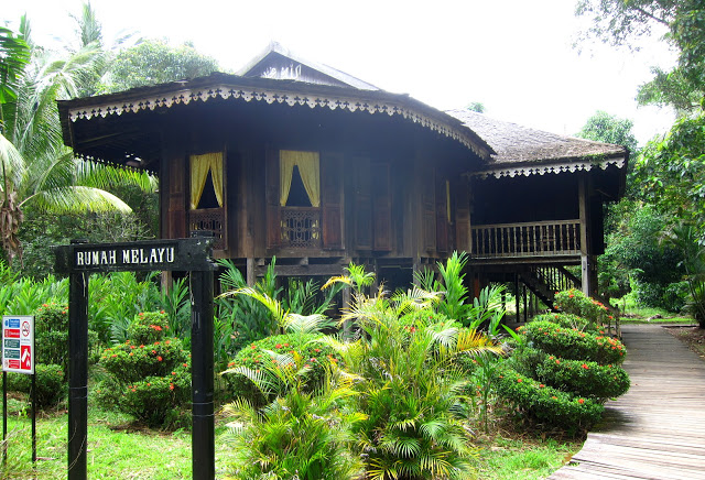 malay kampung house