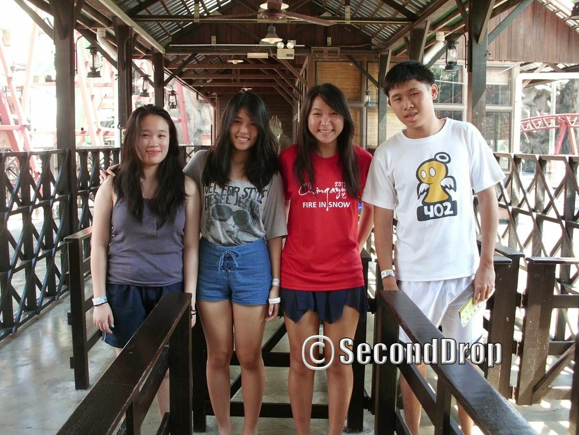 I visited Sunway Lagoon with my father (who took this photo), sister and 2 of her friends